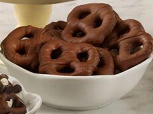 Milk Chocolate Pretzel Delights